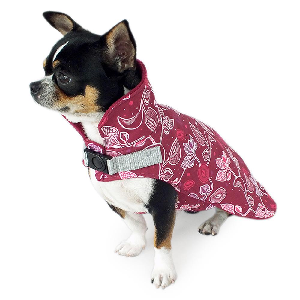 Warmer Softshell Hundemantel mit hohem Kragen, gefüttert mit weichem Fleece. Der hohe Kragen schützt vor Wind und Wetter.